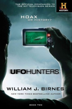 UFO hunters. Book two cover image