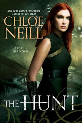 The hunt : a Devil's Isle novel