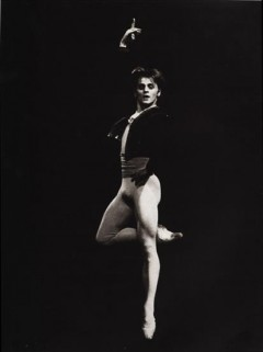 Baryshnikov in Black and White