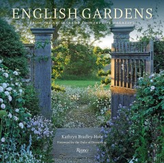 English Gardens - From the Archives of Country Life Magazine