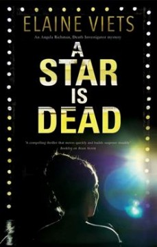 A star is dead / Elaine Viets.