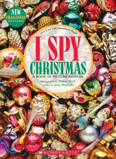 I Spy Christmas : A Book of Picture Riddles