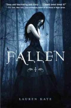 Fallen / Lauren Kate.