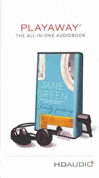 Family pictures [sound recording (Playaway)] : a novel - Jane Green