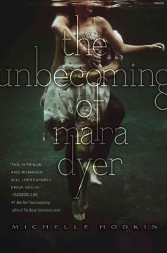 """Cover of """"The Unbecoming of Mara Dyer"""""""