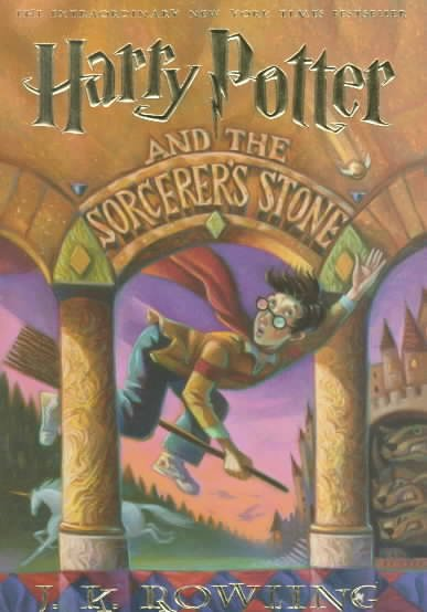 Harry Potter and the Sorcerer's Stone (Harry Potter #1) 神祕的魔法石